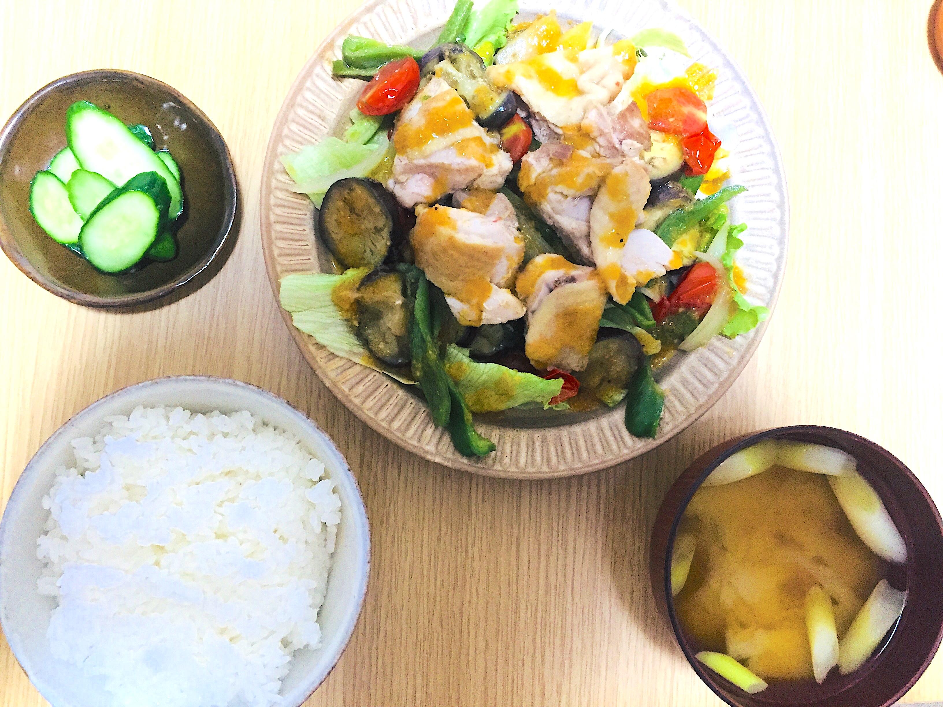 一人暮らしでも作れるチキンと野菜のグリル