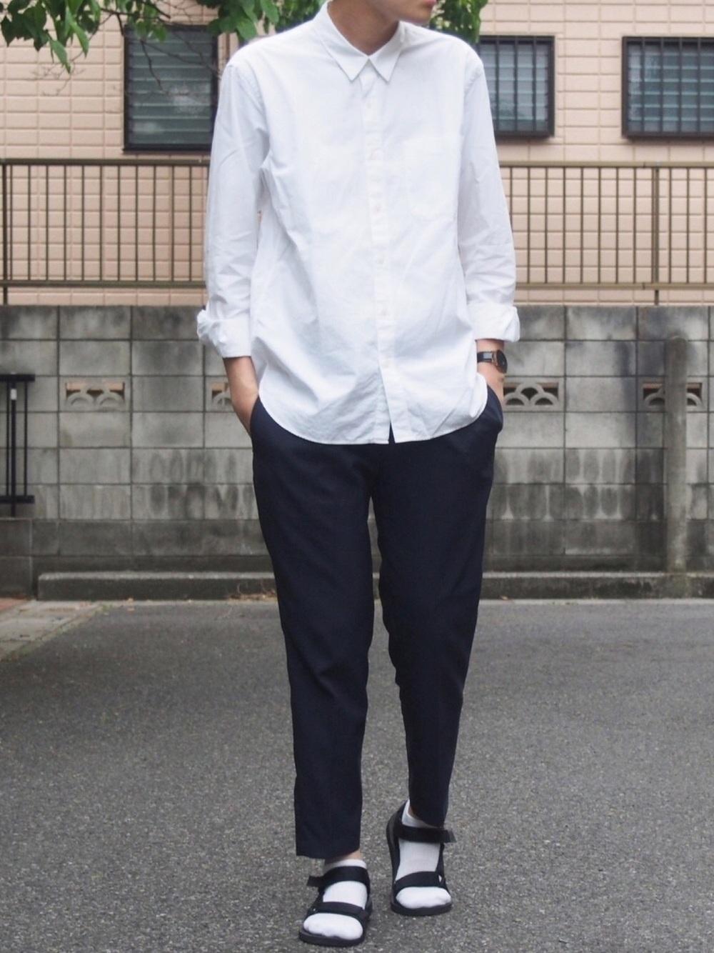 無印良品の白シャツを使ったコーデ