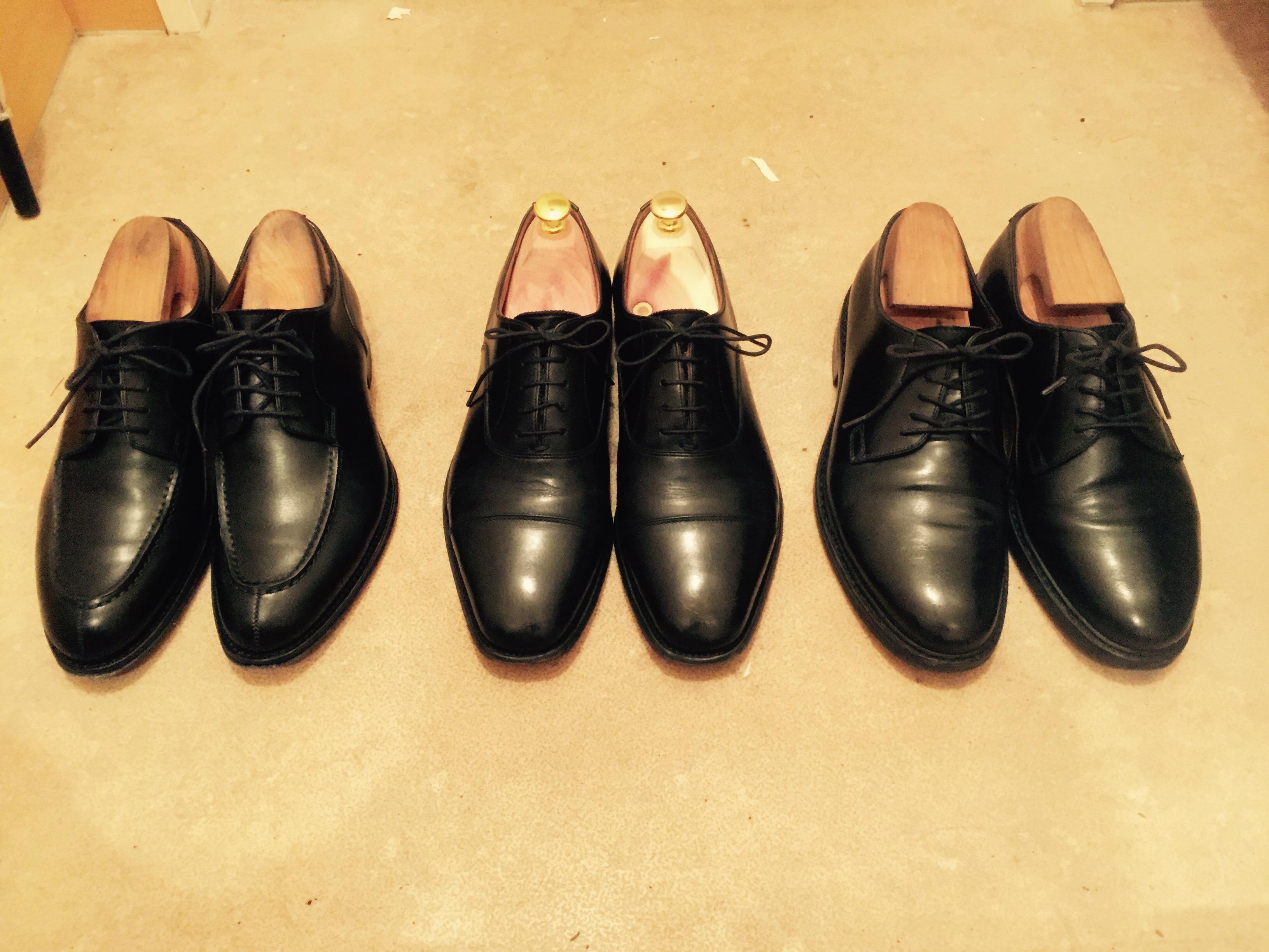 靴磨き後の革靴