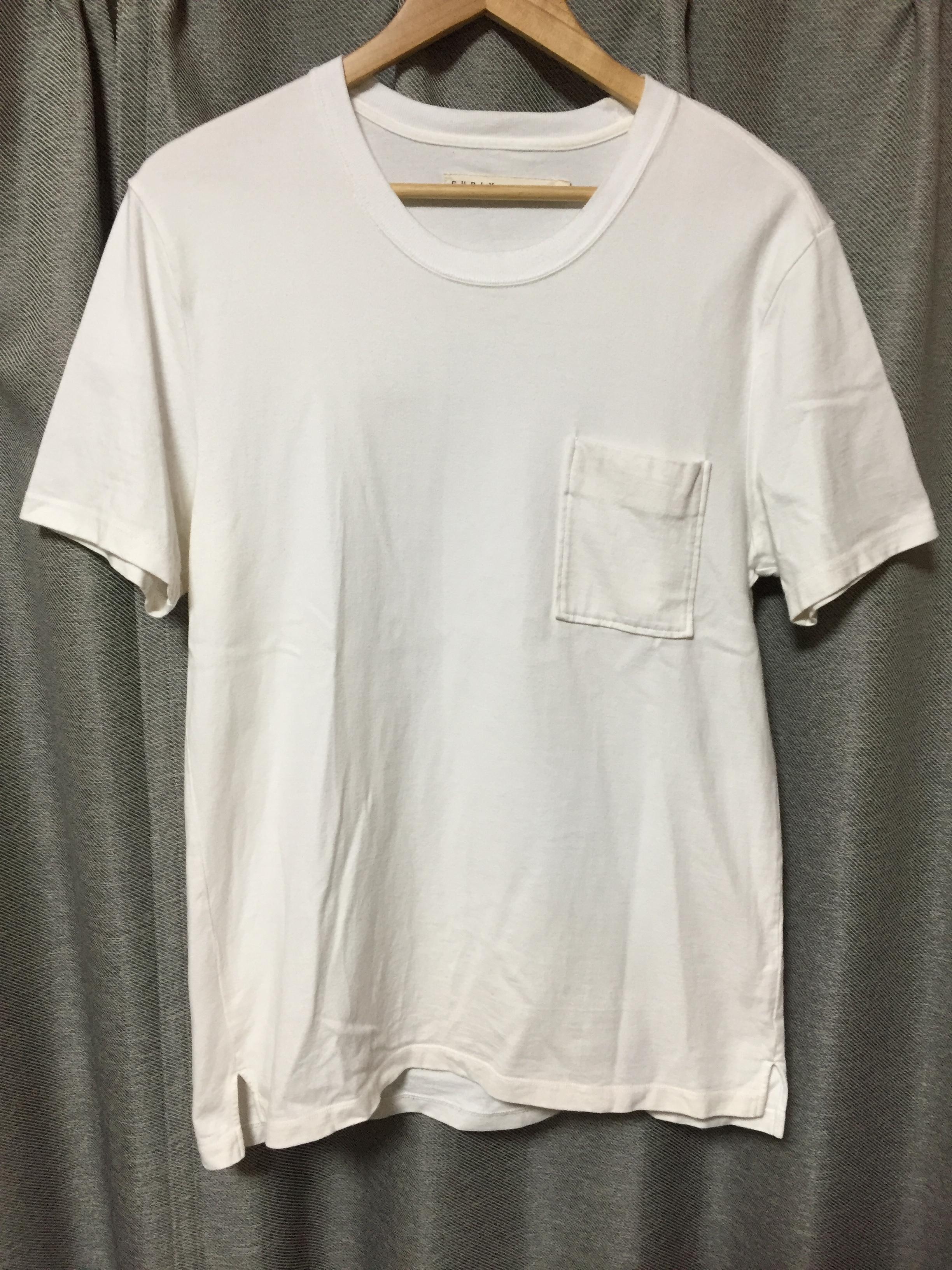 7,000円弱で購入したCURLYのTシャツ