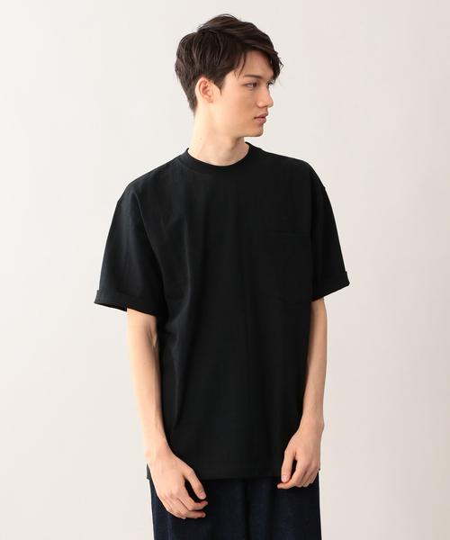キャンバーの黒Tシャツ