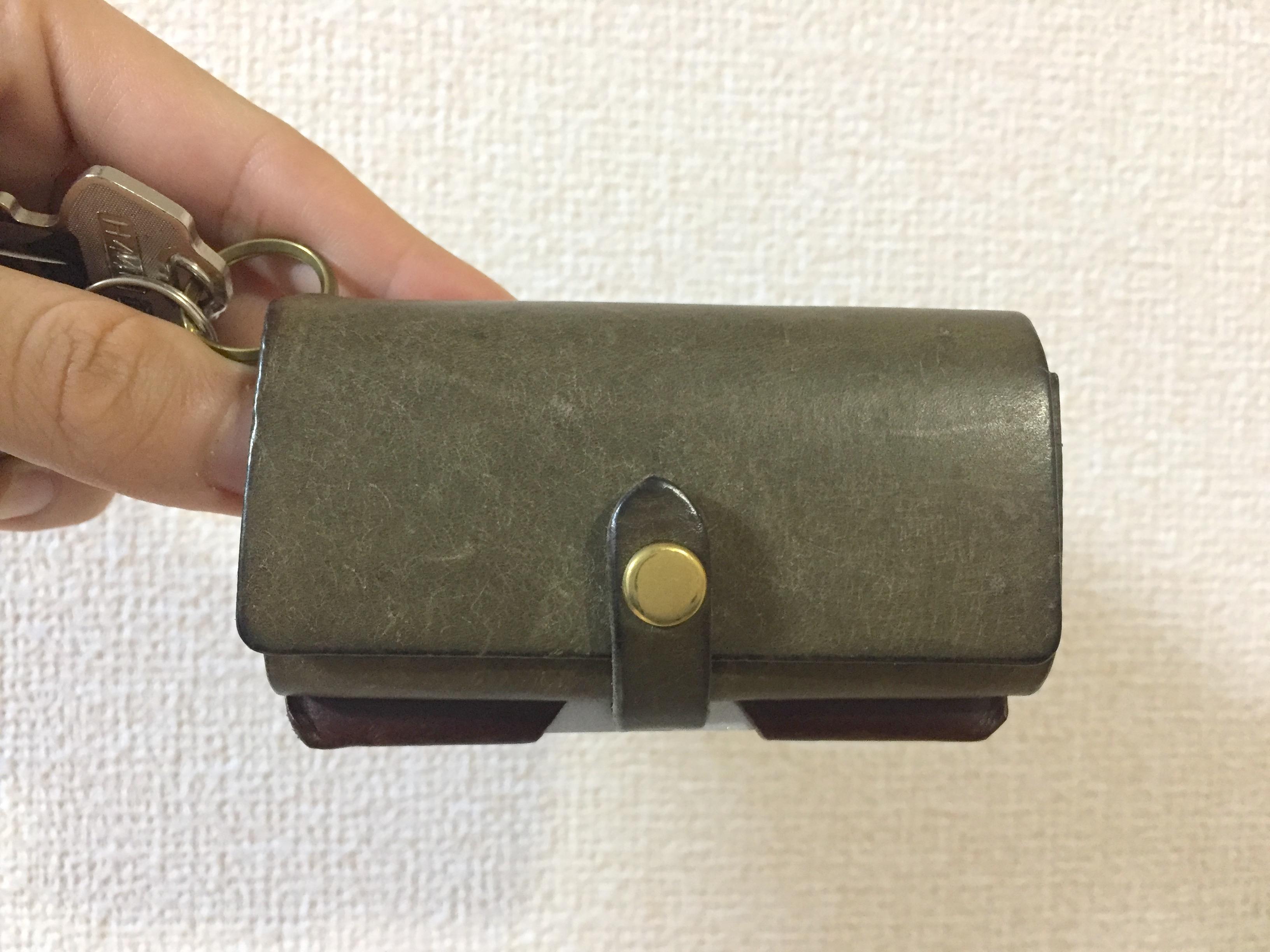 safujiのキー付きミニ財布の経年変化(2ヶ月)