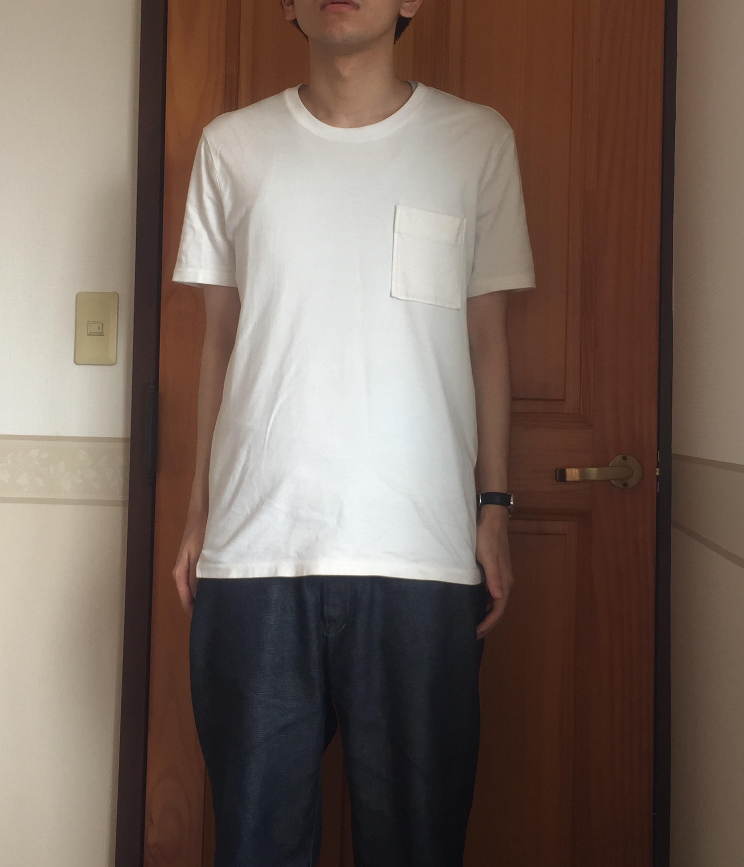 白Tシャツのコーデ