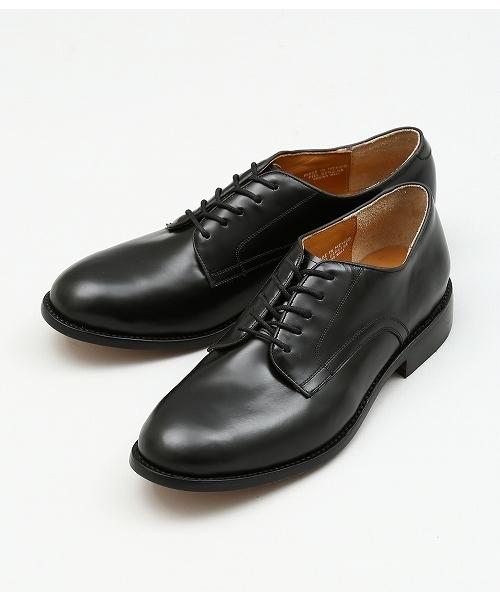 カミナンドの革靴