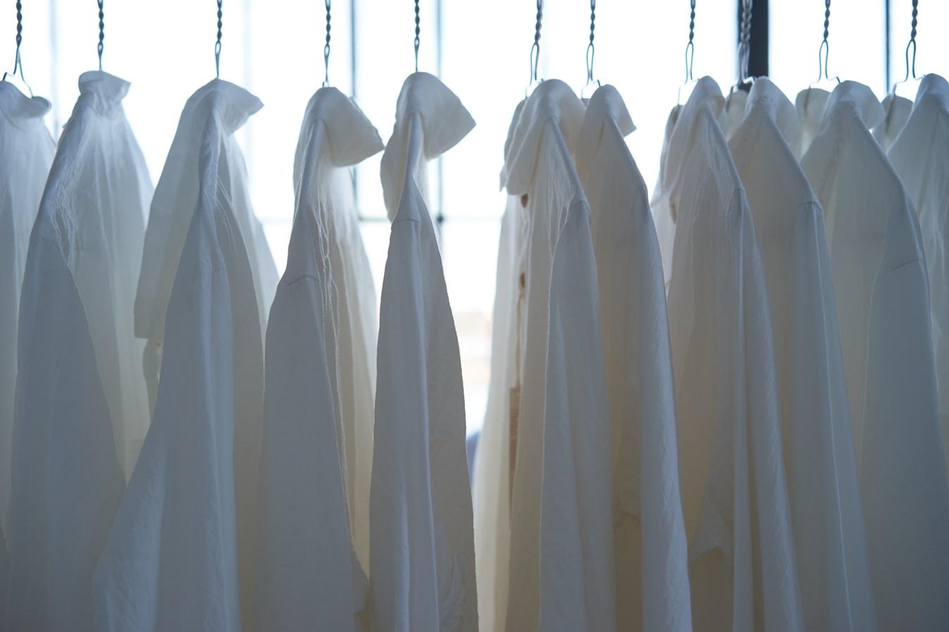 オールシーズン着られる服の「素材」