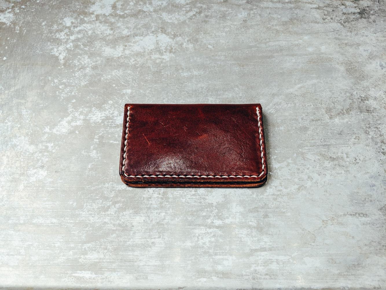 他にもメリットがたくさん!財布を2個持ちして快適に過ごそう