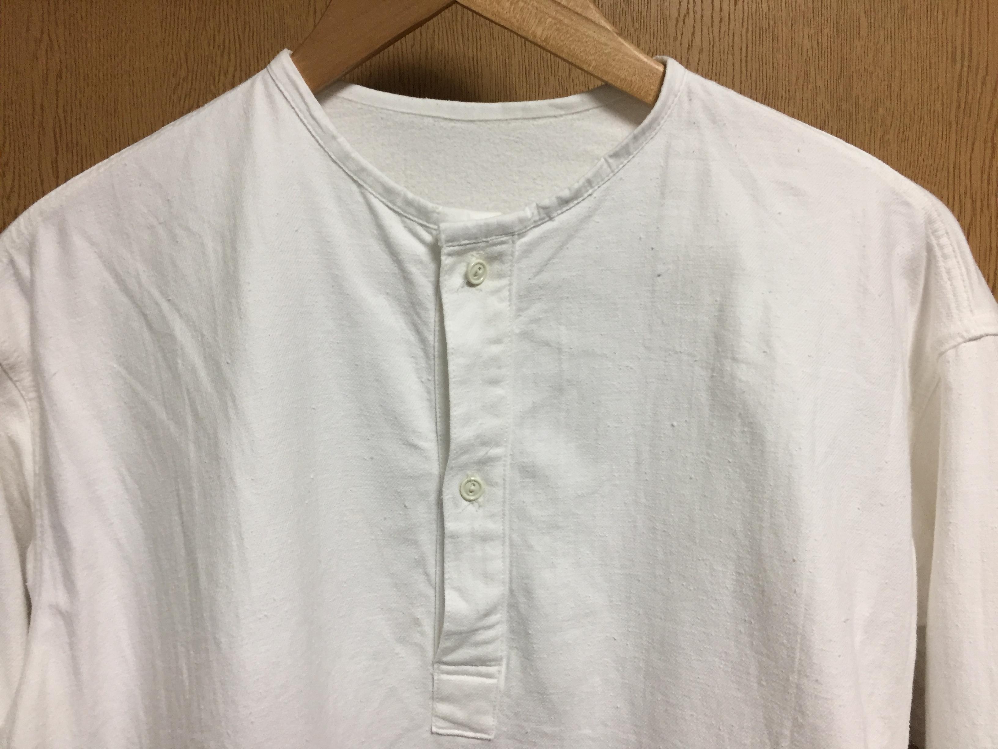 デッドストックのロシア軍スリーピングシャツ