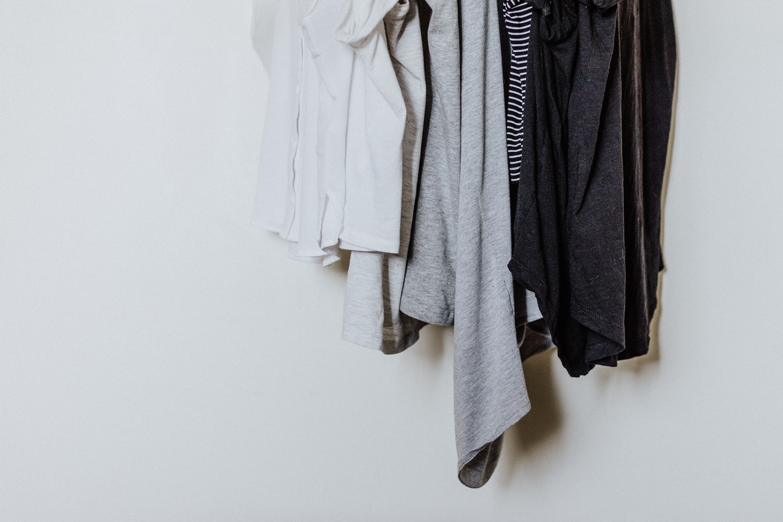 大人っぽくきれいめに着られるミリタリーアイテム3選【タウンユースに最適】