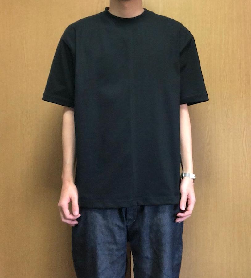 キャンバーのTシャツのシルエット