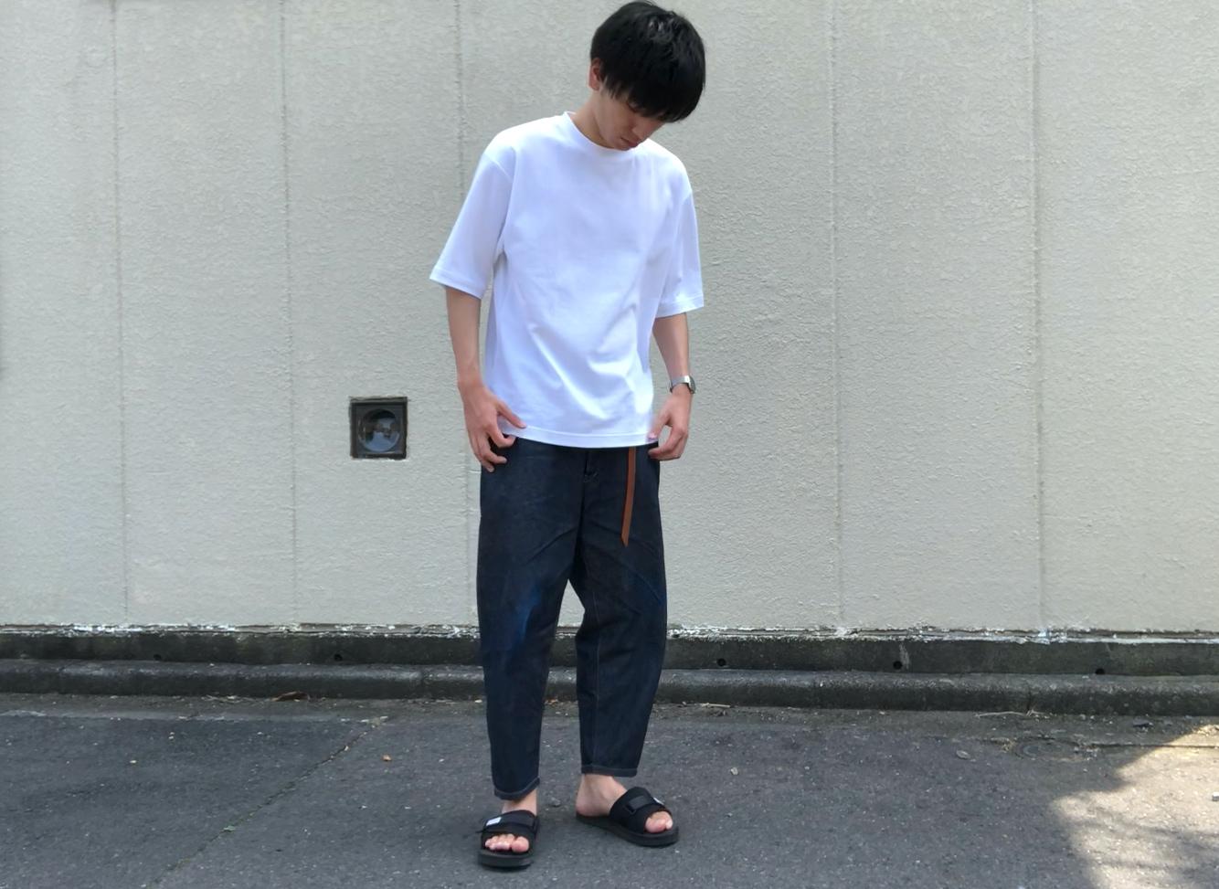 ユニクロU・エアリズムオーバーサイズTシャツ(5分袖)を使ったコーデ
