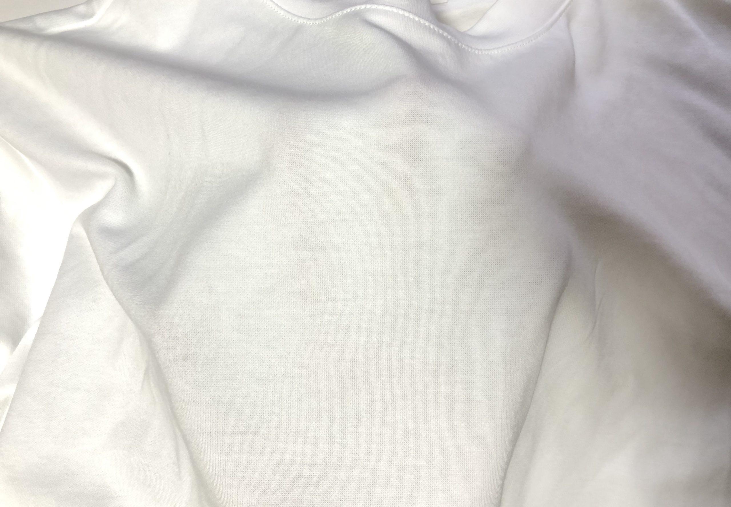 エアリズムコットンオーバーサイズTシャツの透ける画像