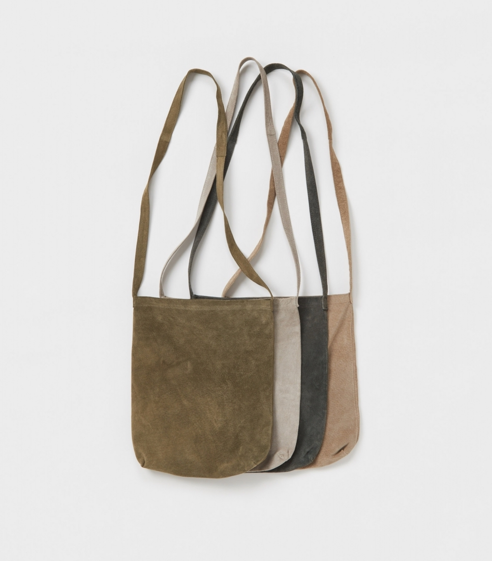エンダースキーマのpig shoulder bag